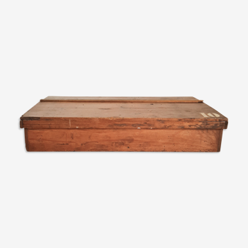 Coffre en bois vintage