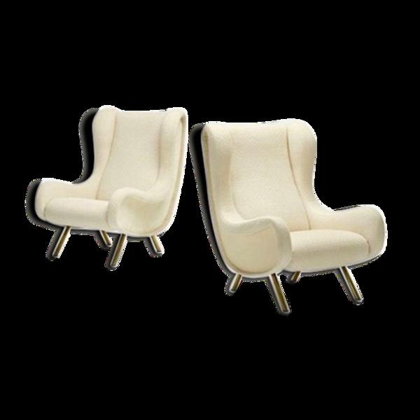 Paire de fauteuils bouclette blancs