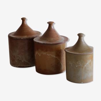 3 pots à épices en grès