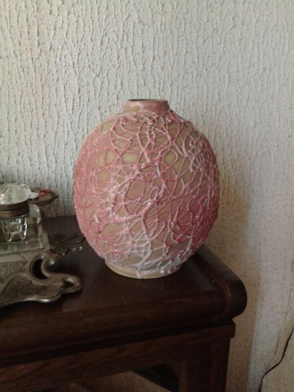 Vase boule ancien en terre cuite