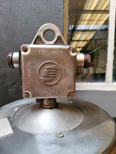 Suspension industrielle, usine, république Tchèque, Elektrosvit 1950's