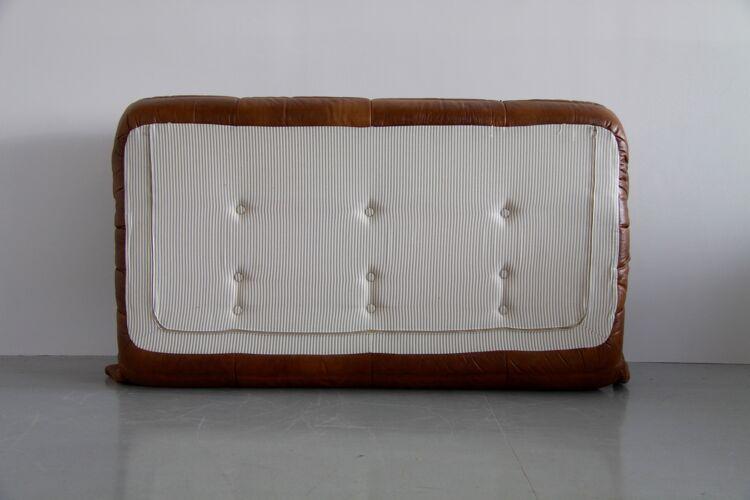 Canapé Togo modèle dessiné par Michel Ducaroy 1973