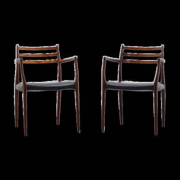 Paire de fauteuils modèles 62 par Niels Otto Møller pour JL Møllers møbelfabrik 60