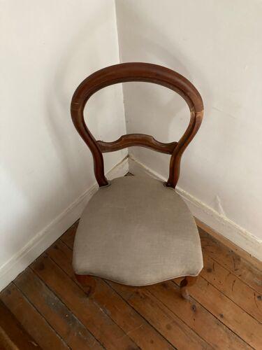 Chaise Louis Philippe tapissée Grise