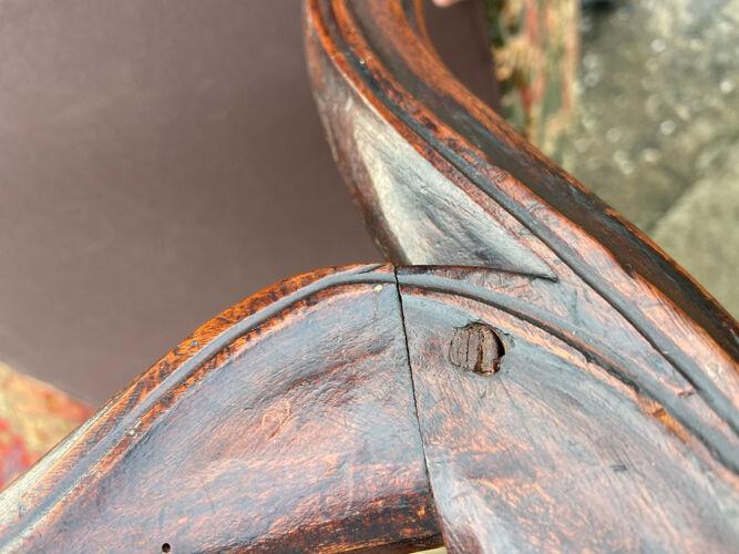 Fauteuil en noyer de style Louis XIII XIX eme siècle