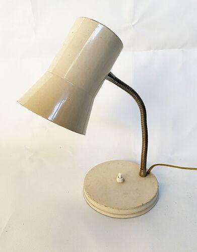 Lampe en métal crème