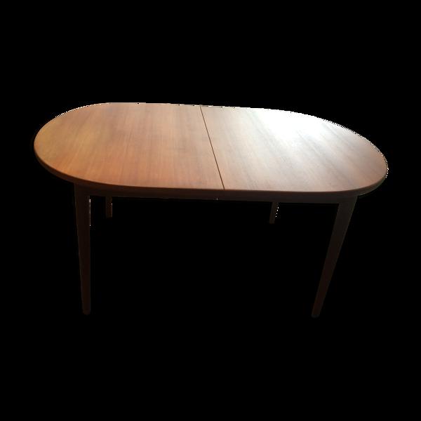 Selency Table en teck ovale marqué Troedz de Nils Jonsson
