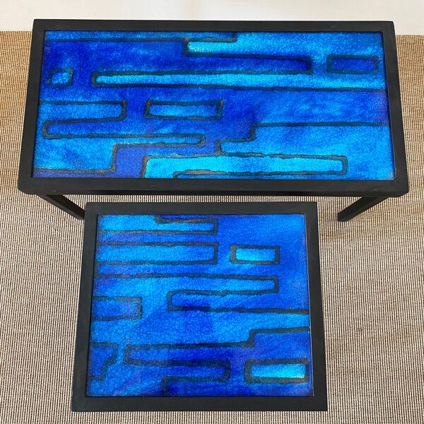 Deux tables d'appoint plateaux en céramique de Gerda Heuckeroth. Allemagne années 60