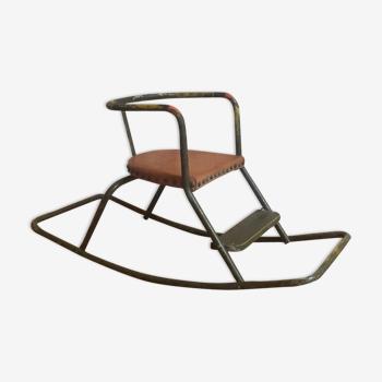Chaise a bascule vintage