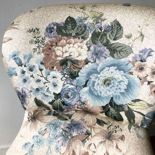 Fauteuil fleurs bleues