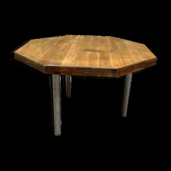 Table à manger à épais plateau de bois