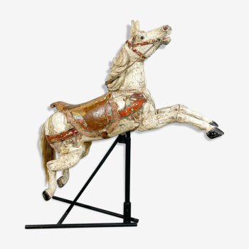 Cheval de saut antique de carrousel en bois de carrousel par Josef Hübner, Allemagne vers 1910