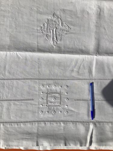 Drap 2 places MG lin fin triple jour échelle +carrés ajourés