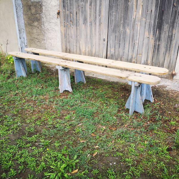 Paire de bancs en bois