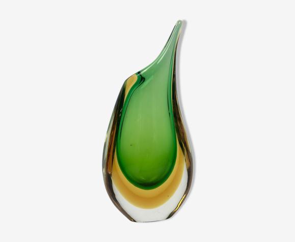 Vase asymétrique en verre de Murano vert et orange sommerso