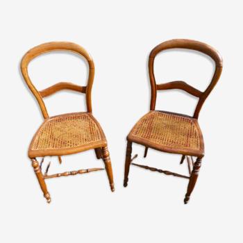 Paire de chaises anciennes Louis-Philippe en noyer