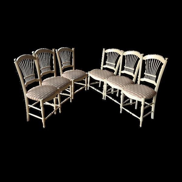 Lot de 6 chaises en hêtre massif motif gerbe.