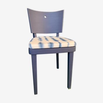 Chaise style bistrot rénovée