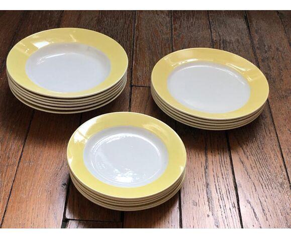 Service à vaisselle vintage années 60 à large bord jaune