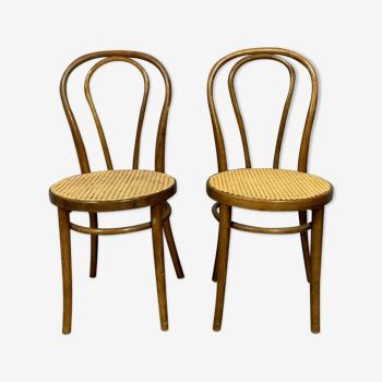 Paire de chaises en bois courbé a la vapeur vers 1880