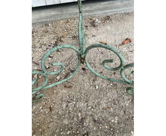 Guéridon porte plantes en fer forgé