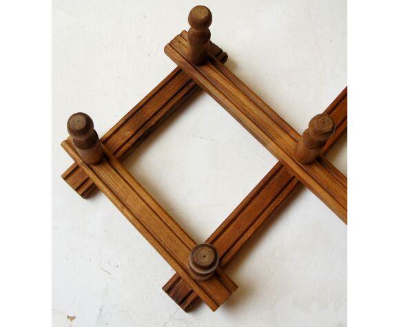 "Wall coat rack ""accordion"" in solid wood"