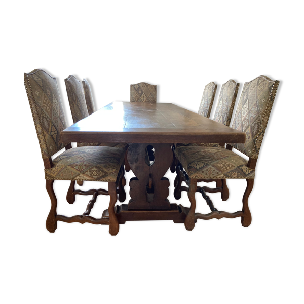 Table à manger et ses 7 chaises