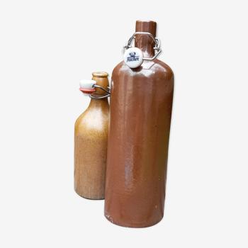 Ensemble de 2 bouteilles en grès, brut & épuré, retro 50's