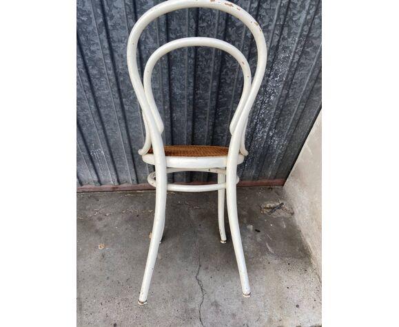 Chaise bois courbé viennoise Thonet 14