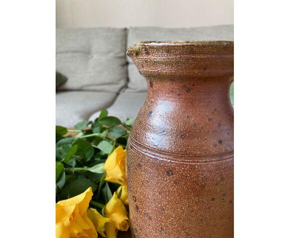 Pichet en grès marron et kaki