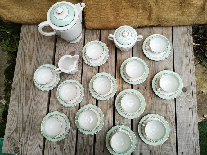 Service à café en faience de lunéville décor vert menthe et doré