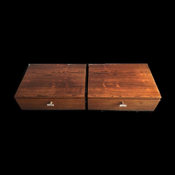 Paire de tables de chevet flottantes de bois de rose des années 60
