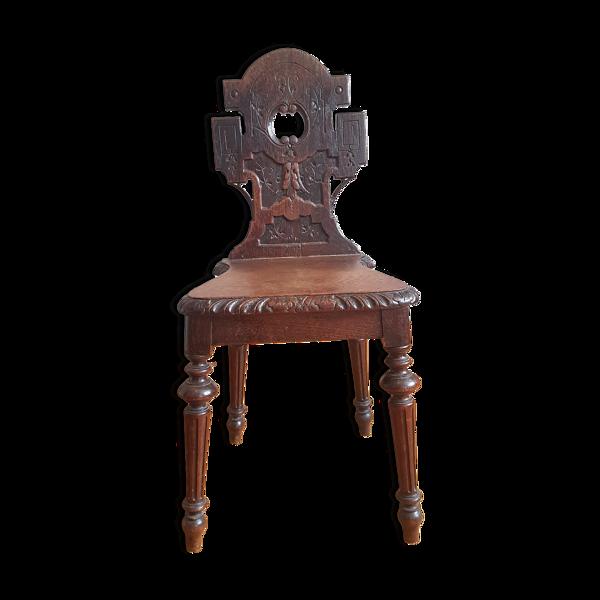 Chaise musicale sculptée forêt noire