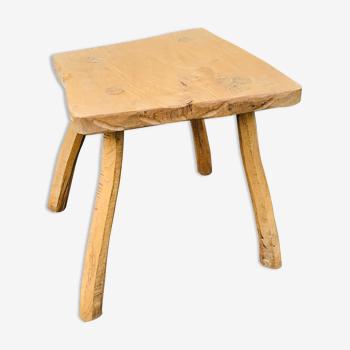 Petite table basse brutaliste de type chalet