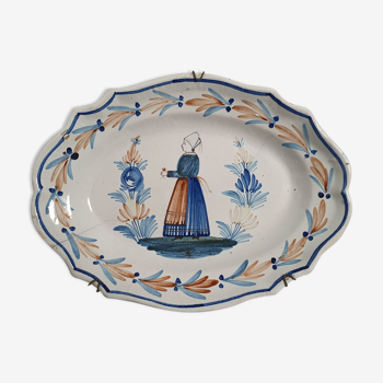 Oval dish decorated with Breton peasant in Henriot Quimper earthenware signed HR
