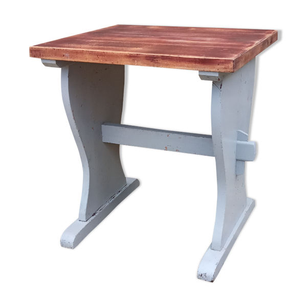 Table de bistrot en bois