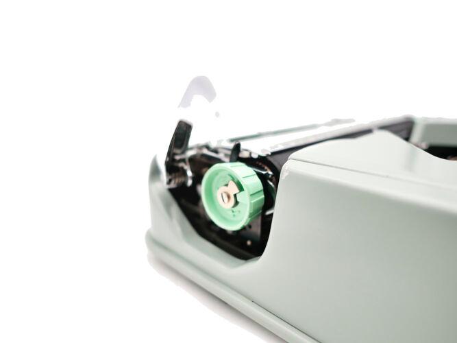 Machine à écrire Hermes Baby vert tilleul