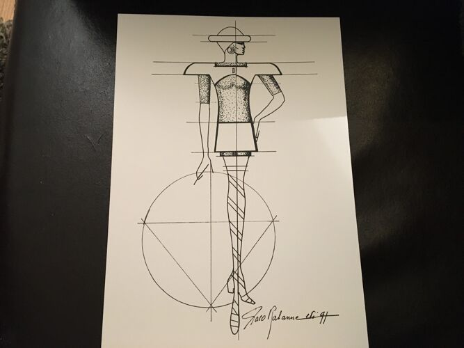 Illustration de mode Paco Rabanne