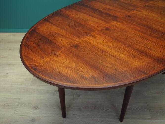 Table ovale en bois de rose, années 1950, design danois, designer: Arne Vodder, production: Sibast