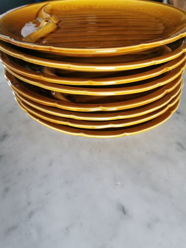 Lot de 8 assiettes Vintage Gien France