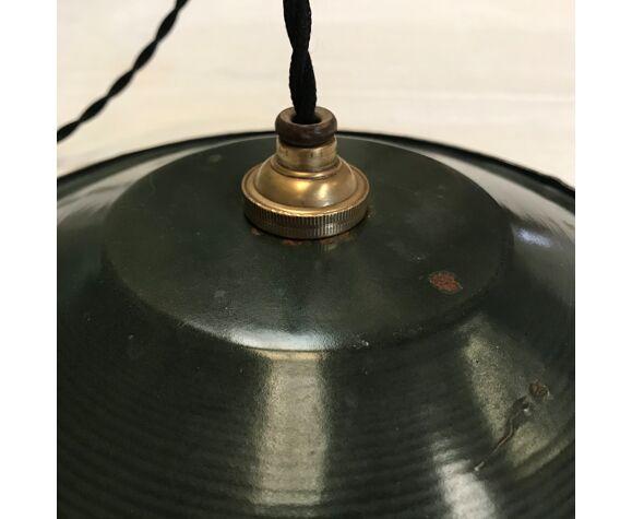 Workshop suspension in enamelled sheet metal