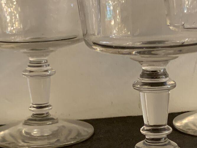 3 coupes à champagne anciennes en verre soufflé et bullé