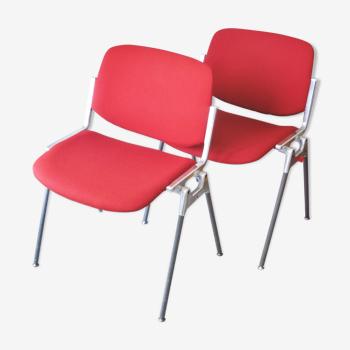 Paire de chaises DSC rouges Giancarlo Piretti