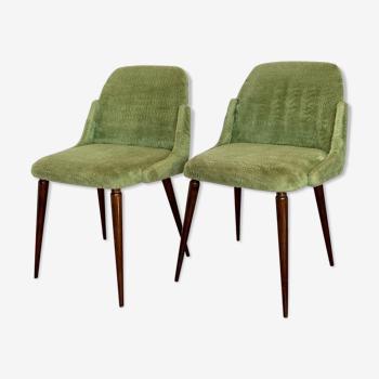 Paire de chaises moumoute pieds compas vertes