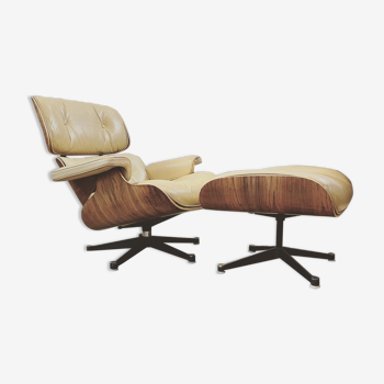 Lounge chair and ottoman Charles & Ray Eames international furniture edition circa 1980