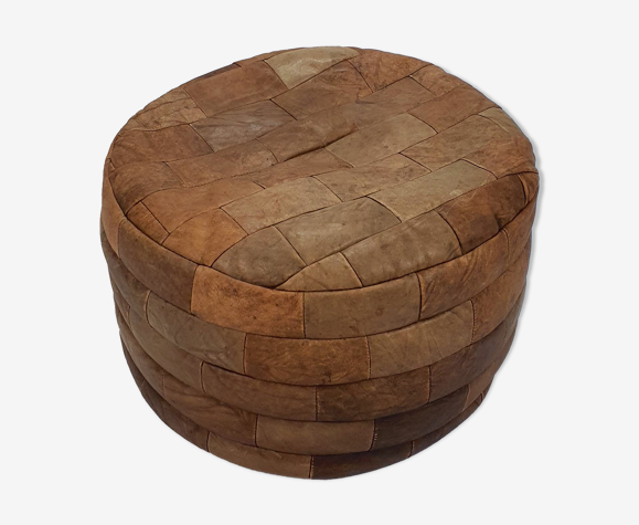 Vintage leather patchwork pouf, made from pieces of leather from the 1970s. It is a nice r