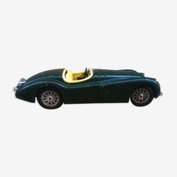 Jaguar Burago 1/24