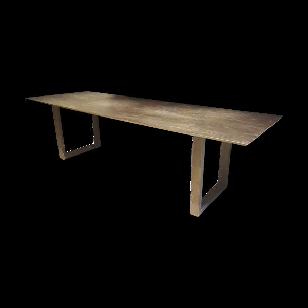 Table chêne brulé et métal