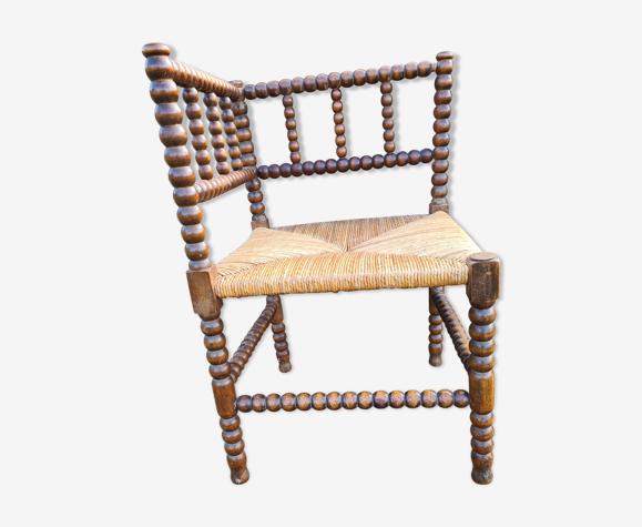 Chaise de coin en paille