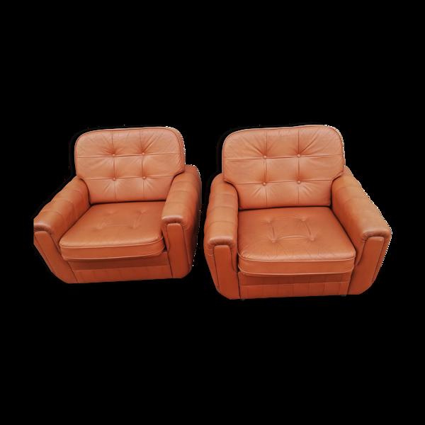 Paire de fauteuils cuir vintage